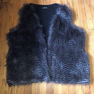 Maurice's faux fur vest size 2